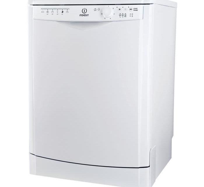 Soldes Lave-vaisselle INDESIT DFG26B1
